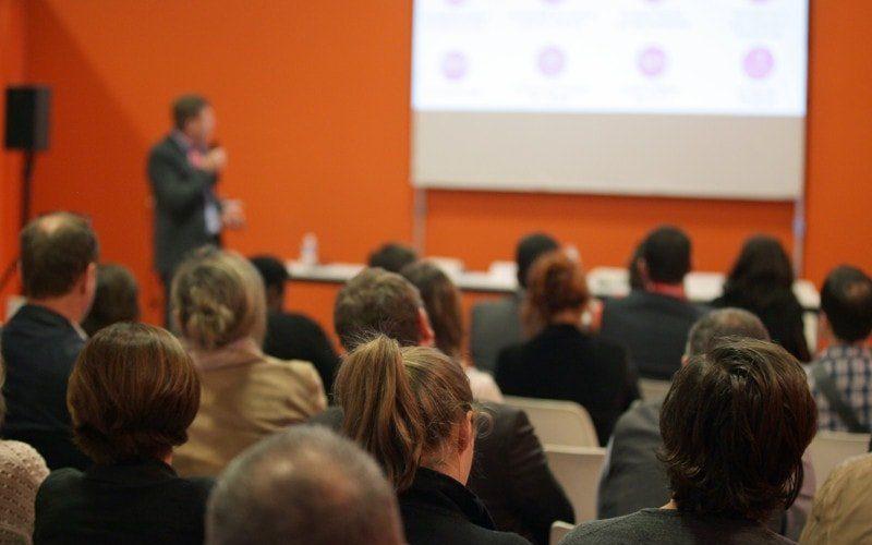 Salon Stratégie Clients Extens Consulting - conférence-min